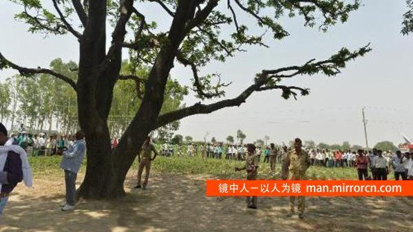 20岁女子遭轮奸杀害 尸体被吊树上